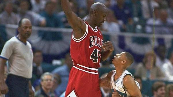 De Légende Jordan Bussy Michael En Matches ClubLa Basket 23 WI2EDH9